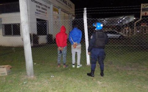 Dos detenidos en calle Primera Junta