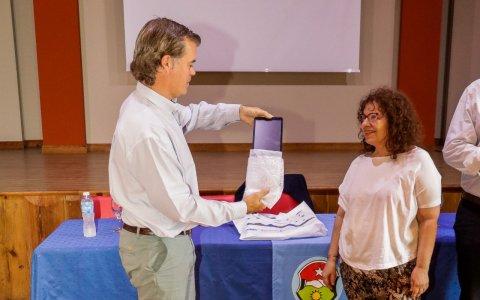 Jubilados de Gualeguaychú recibieron las primeras 200 tablets