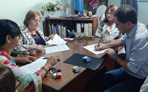 """Larroque pone en marcha el programa """"La Escuela en el Poli"""""""