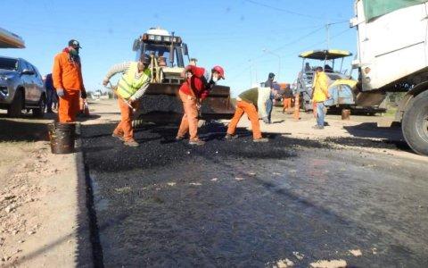 Comenzó la obra de asfaltado en Aldea San Antonio