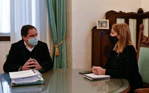 Hassell se reunió con la vicegobernadora Laura Stratta