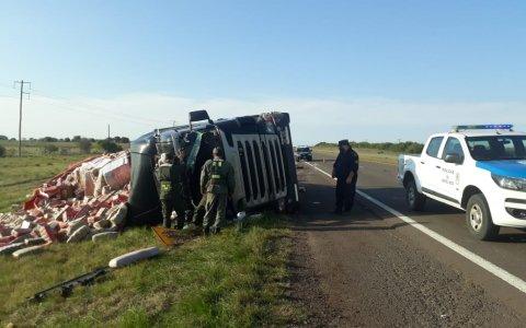 Un camionero sufrió heridas graves tras accidente en Ruta 14