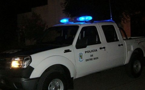 Delincuente gualeguaychuense rompió un patrullero de un cabezazo