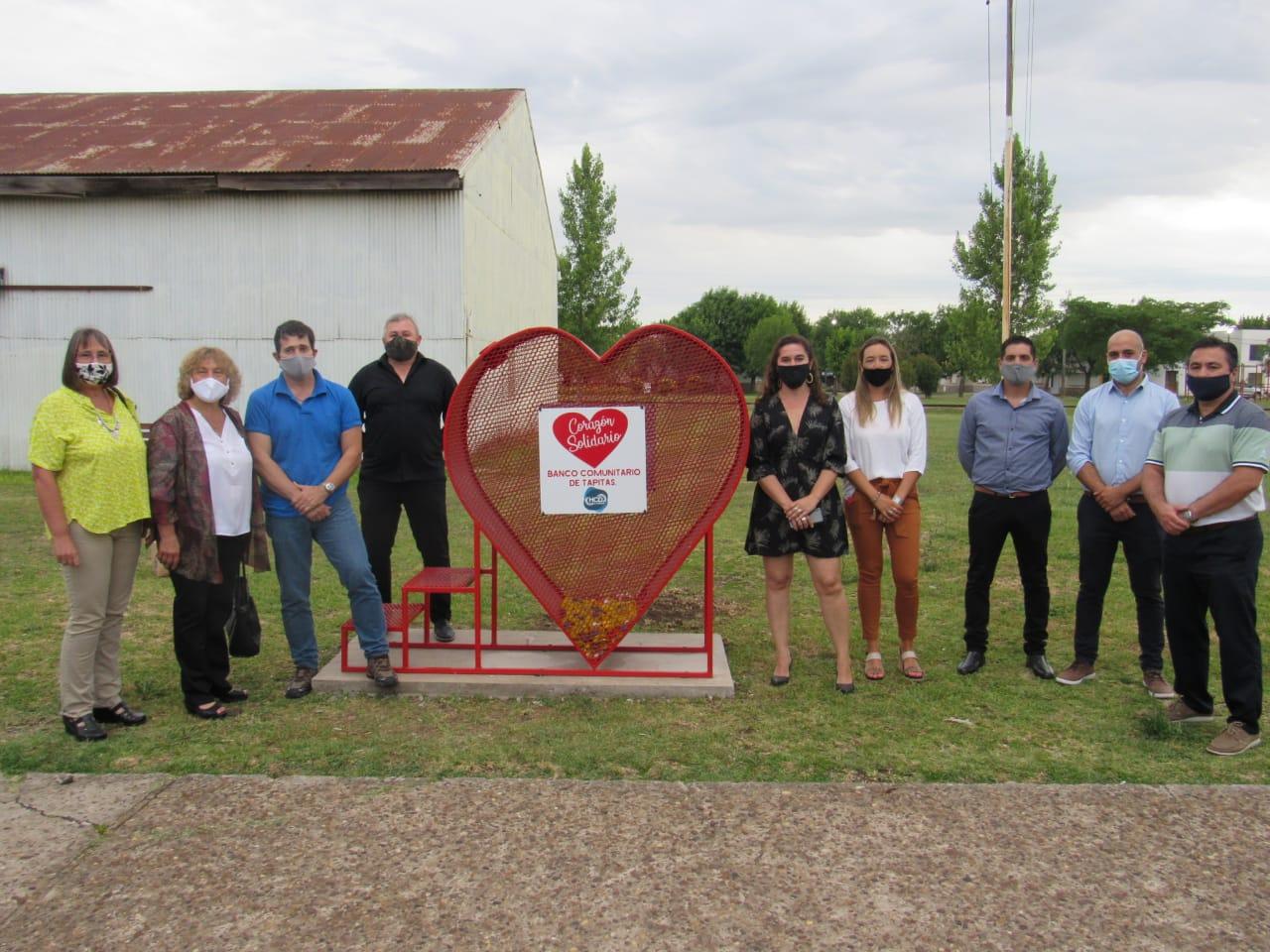 """Se instaló en Larroque el """"Corazón Solidario"""" a beneficio del Garrahan"""