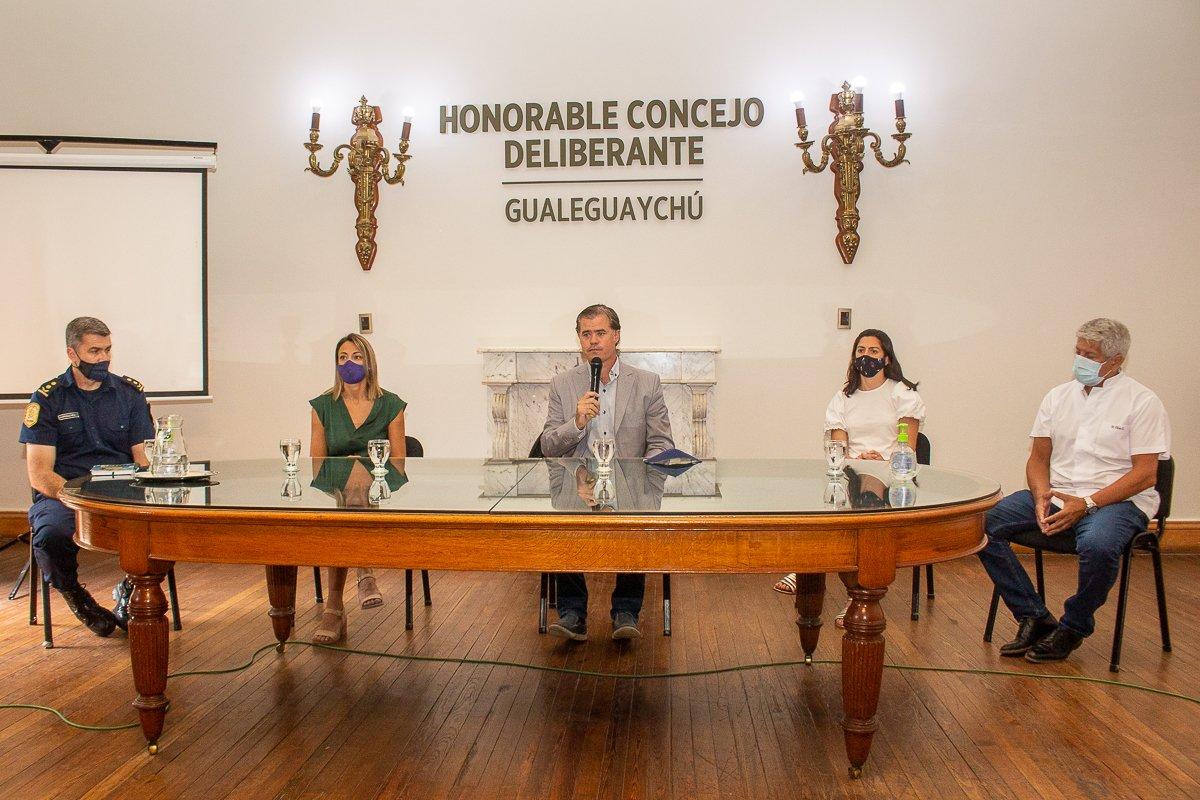 Piaggio solicitó a Bordet las recomendaciones del COES