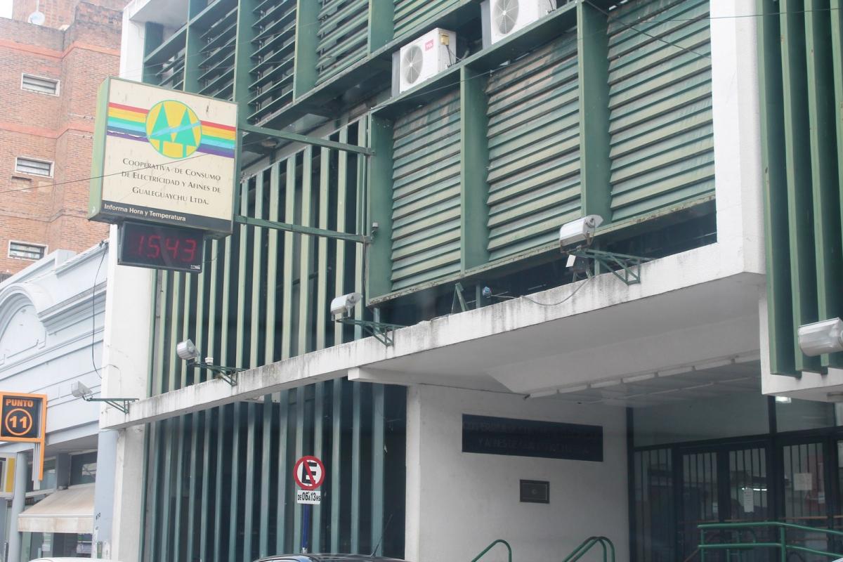 El corte de luz en el oeste de Gualeguaychú seguirá hasta las 15:00