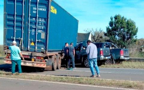 Al menos dos muertos por accidente en Brazo Largo