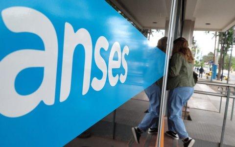 ¿Quiénes cobran este miércoles jubilaciones y beneficios de ANSES?