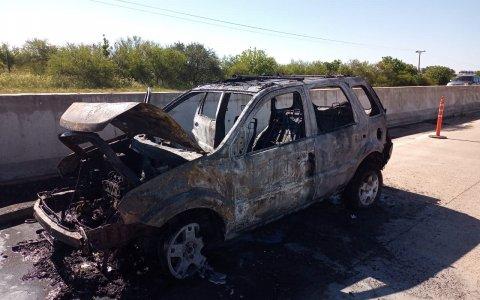 Se incendió una camioneta en las afueras de Gualeguaychú